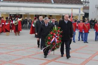 Dan grada: Polaganje vijenaca na groblju sv. Ilije i Trgu 123. brigade