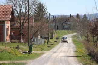 Lipiku odobreno 500 tisuća kuna za cestu u Klisi