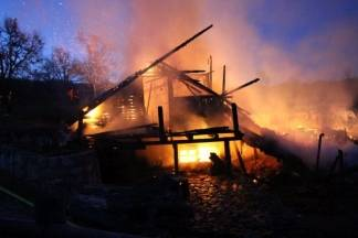 U tijeku je požar na ranču u Radovancima