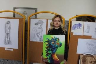 Ivona Flam je kao mala primjetila poziv za slikanjem i crtanjem, a danas u tome uživa