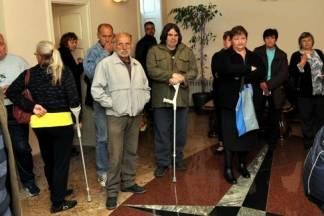 Gradonačelnik uručio blagdanske bonove socijalno potrebitim obiteljima