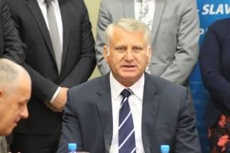 SKINULI MU IMUNITET: Saborski odbor ekspresno donio odluku o Franji Luciću koji je pokušao podmititi novinara