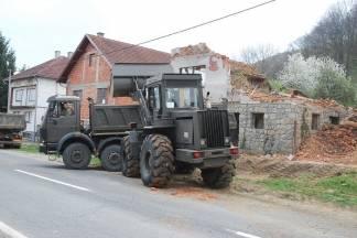 Poziv vlasnicima ruševnih objekata da dozvole uklanjanje istih o trošku Grada Pakraca