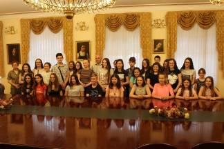 Gradonačelnik Puljašić primio učenike požeških osnovnih škola koji su sudjelovali na natjecanjima