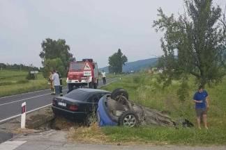 36-godišnji vozač teško ozlijeđen u prometnoj nesreći u Daranovcima