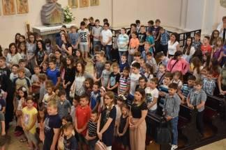 Učenici požeških katoličkih škola misom zahvalnicom završili školsku godinu