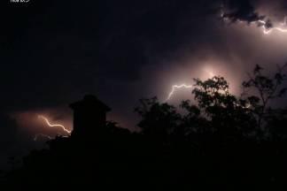 Sinoćnji prizor neba iznad Velike
