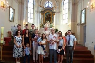 Biskup Škvorčević krstio deveto i deseto dijete obitelji Soldo u Buku