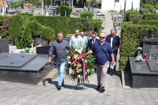 HDZ položio vijenac za žrtve totalitarnog režima