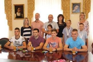 Prijem sudionika završnice Sportskih igara mladih održane u Splitu kod gradonačelnika Puljašića