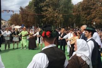 Kolinda Grabar Kitarović: Ovo je najveća manifestacija hrvatskog folklora ovakve vrste u Europi
