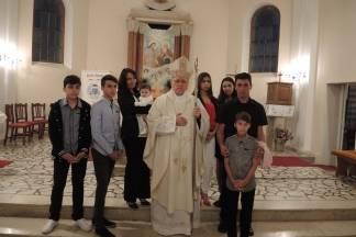 Biskup Škvorčević krstio šesto dijete obitelji Ognjenović u Čačincima