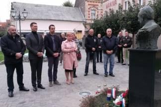 Gradski čelnici i predstavnici udruga Pakraca obilježili Dan neovisnosti Republike Hrvatske