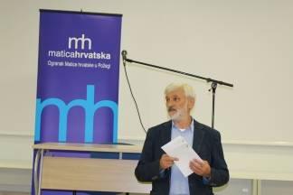 Akademik Senker u Gimnaziji u Požegi održao predavanje o ¨Suvremenom kazalištu¨