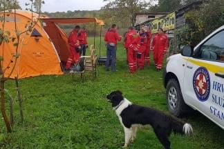 HGSS, policija, vatrogasci i hitna pomoć ovaj vikend imali pune ruke posla