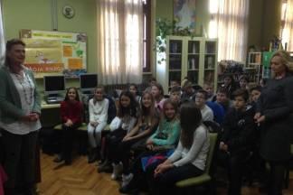 Petaši i osmaši ugostili dječju spisateljicu Maju Brajko-Livaković