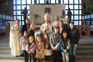Biskup krstio peto dijete u pleterničkoj obitelji Galović