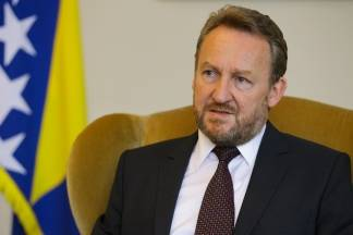 Što se krije iza Izetbegovićeve izjave da će BiH priznati Kosovo?