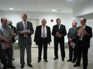 U Gimnaziji otvorena izložba Dragutina Pavličevića