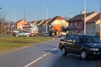 Prometna nesreća između dva osobna automobila u Požegi