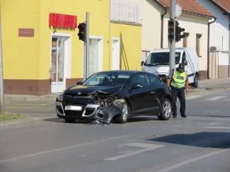 Tri prometne nesreće, četiri ozlijeđene osobe