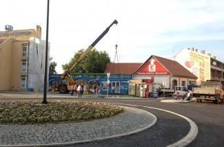 Kiosci premješteni, cvijeće posađeno: Rotor se otvara u subotu