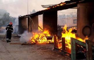 Požeška Koprivnica: Gašenje požara na pilani