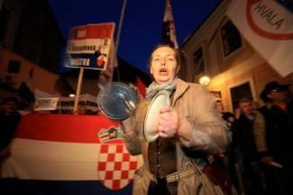 Na večerašnjem prosvjedu u Zagrebu par tisuća ljudi