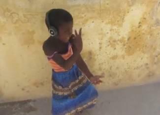 Nevjerojatne vještine: Mali Afrikanci kao da su rođeni za glazbu