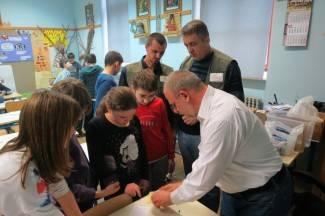 Osnovnoškolci učili kako izraditi LED čestitke
