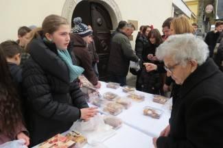 Planuli kolači: Vjernici se nesebično uključili u akciju