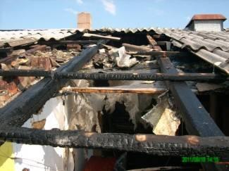 Zapalio se dimnjak, vatra se proširila na strop
