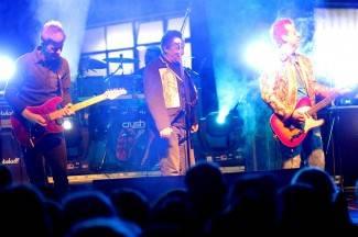 Tijekom probe se urušila pozornica: Koncert Prljavaca odgođen za ponedjeljak