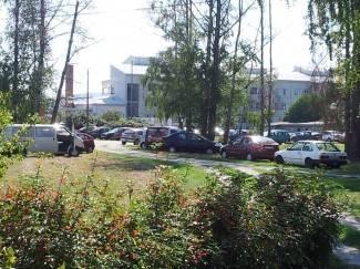 Vaše fotografije: Park u Hebrangovoj postao parkiralište