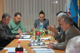 Oporba i Nikolić o Bektežu, mjesnim odborima i proračunu