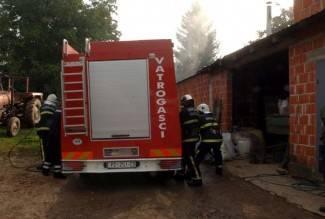 U požaru izgorio štagalj, vatrogasci spasili kuću
