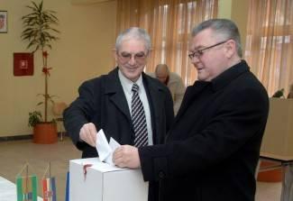 Ronka podržalo 98 posto SDP-ovih glasača, Cesarika svi