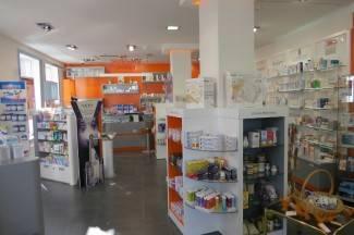Iz ljekarne u Pakracu ukradeni lijekovi; policija traga za počiniteljem