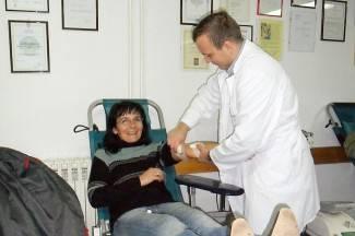 Akciji darivanja krvi odazvalo se više od 300 ljudi