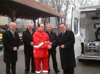 Pakrački Dom zdravlja bogatiji za novo sanitetsko vozilo