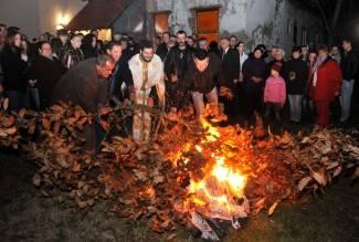 Požeški pravoslavci proslavili Badnjak (foto)