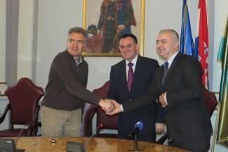 Smanjenjem plaća Županija će uštedjeti oko milijun kuna