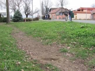 Učenik pronašao neeksplodiranu granatu i donio je u školu
