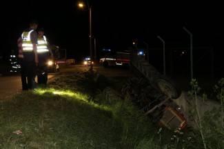 Traktorom sletio u jarak; od pogibije ga spasio betonski zid