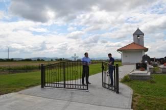 Uređen prilaz groblju u Alagincima; uredit će i društveni dom u Seocima