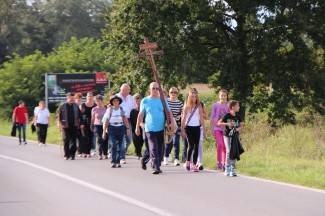 Brojni vjernici svakodnevno pješače na pleterničke Devetnice