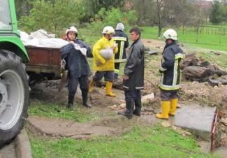 U Pakracu poplavljeno 25 kuća; u Lipiku preko 150 intervencija (foto)