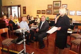 Tribina i predavanje: Održan prvi Alzheimer cafe u Požegi (foto)