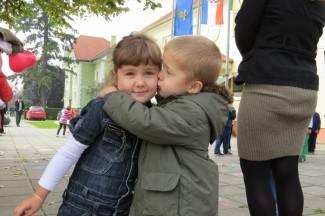 Dječji tjedan u Kutjevu - veselica na Trgu graševine