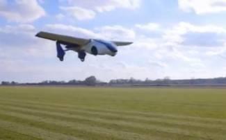 AeroMobil - kad je gužva na cesti, upališ krila i poletiš (video)
